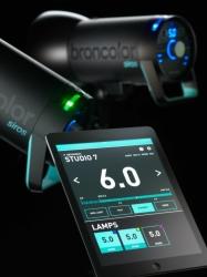 Broncolor Siros – моноблок со встроенным радиосинхронизатором PocketWizard и  WiFi