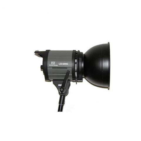 FST EF-60 (LED) Sun Light 5500К светодиодный осветитель