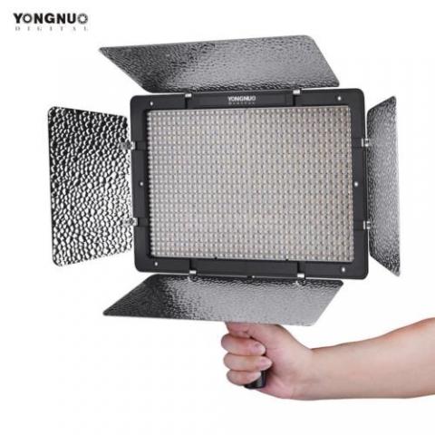 YongNuo YN-1200 LED 5500K осветитель на 1200 светодиодов с д/у для фото и видео