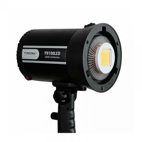 YongNuo YN100LED осветитель светодиодный для фото- и видеокамер