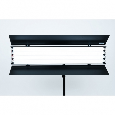 Reddevil RDL 4x1200 F Kit осветитель постоянного света с лампами KINOFLO 3200K.
