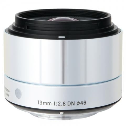 Sigma 19 mm f/2.8 DN Art Micro 4/3 Silver объектив