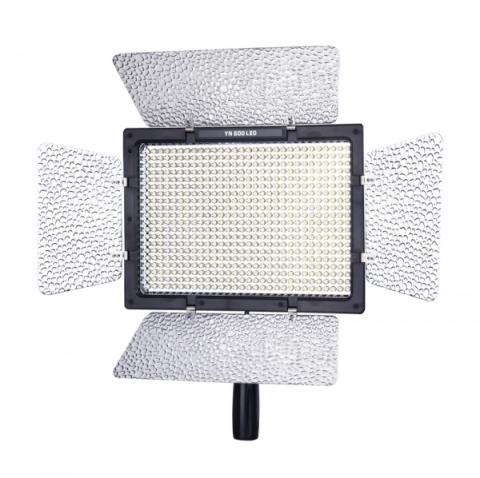 Yongnuo YN-600 LED осветитель светодиодный на 600 светодиодов с пультом дистанционного управления